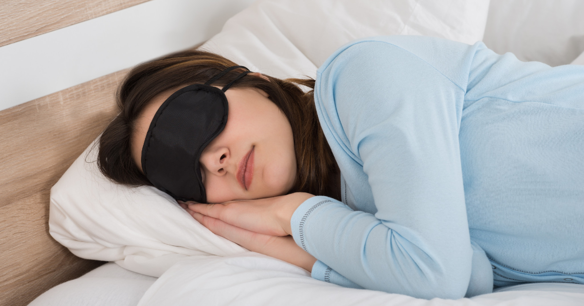 http://kalbinisev.org/wp-content/uploads/2018/09/woman-sleeping-with-sleep-mask.png